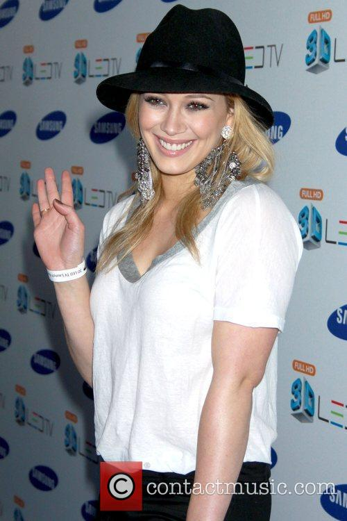 Hilary Duff and Black Eyed Peas 1