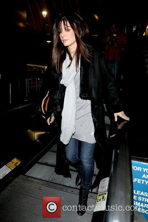 Sandra Bullock looking tired as she arrives at...