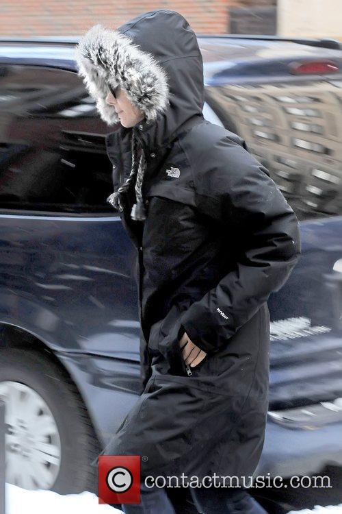 Sandra Bullock arrives at her Manhattan apartment on...