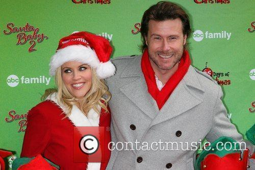 Dean Mcdermott and Jenny Mccarthy 9