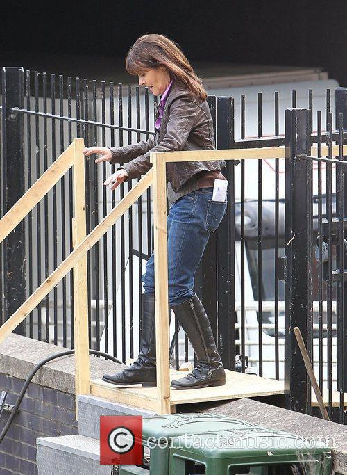 Elisabeth Sladen 6
