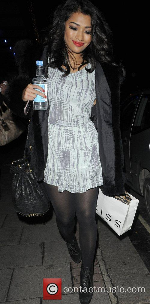 Vanessa White from girl group 'The Saturdays' leaving...