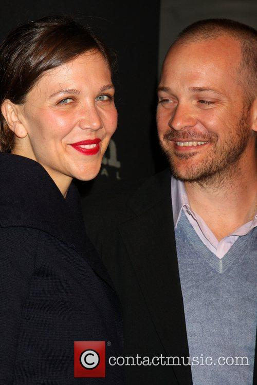 Maggie Gyllenhaal and Peter Sarsgaard 1