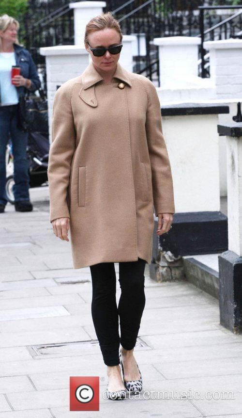 Stella McCartney takes her children to school