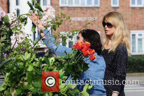 Claudia Schiffer goes to buy flowers after dropping...