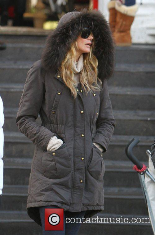 Elle Macpherson after dropping her children at school...
