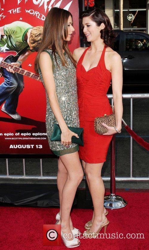 Amanda Crew and Mary Elizabeth Winstead