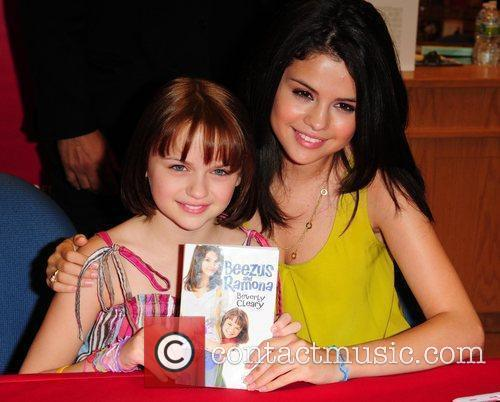 Joey Kings and Selena Gome at a 'meet...