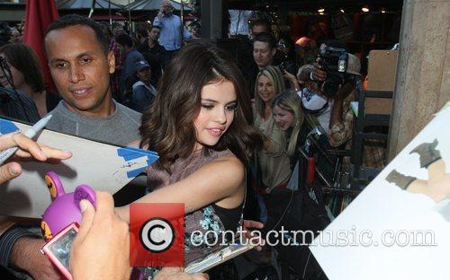 Selena Gomez and Audrina Patridge 2