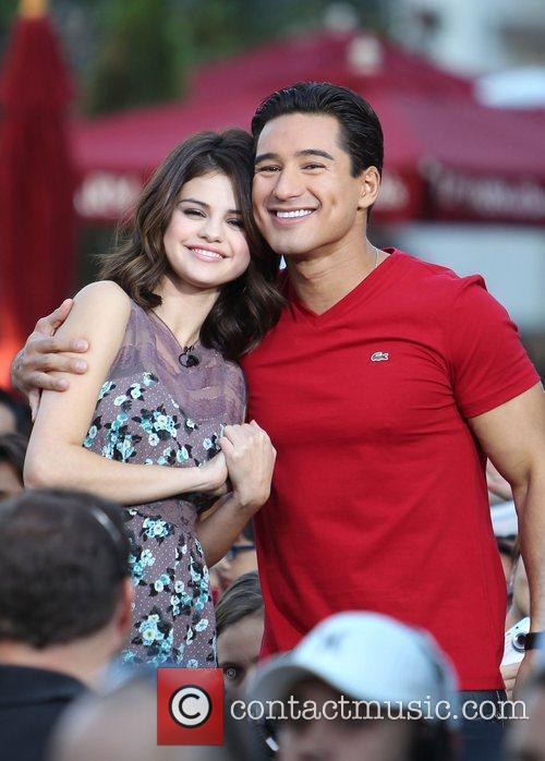 Selena Gomez and Mario Lopez 14