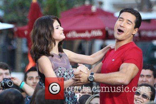 Selena Gomez and Mario Lopez 16
