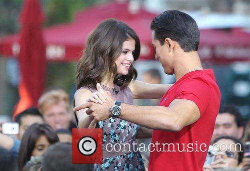 Selena Gomez and Mario Lopez 13