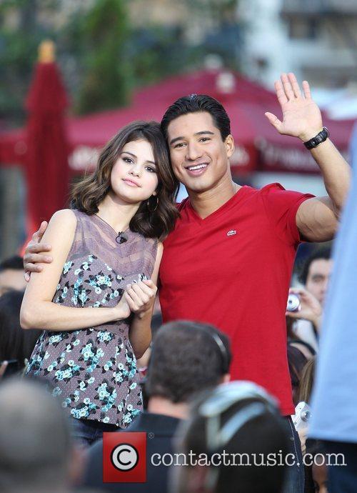 Selena Gomez and Mario Lopez 3