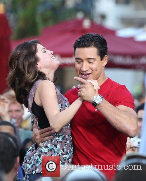 Selena Gomez and Mario Lopez 7