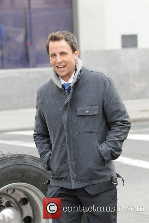 Seth Meyers on the set of I Don't...