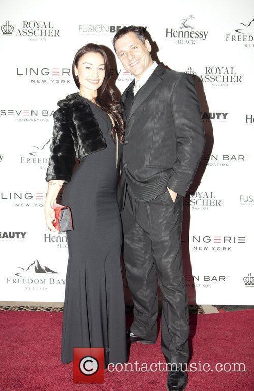 Eva de Cruz and Laurent Scallie Seven Bar...