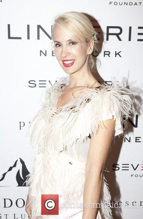 Tracy Stern Seven Bar Foundation host Lingerie New...