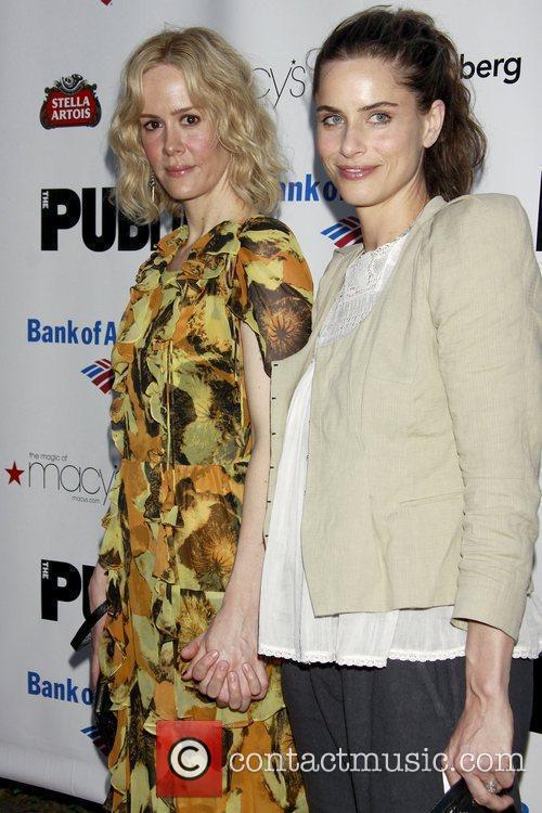 Sarah Paulson and Amanda Peet 1