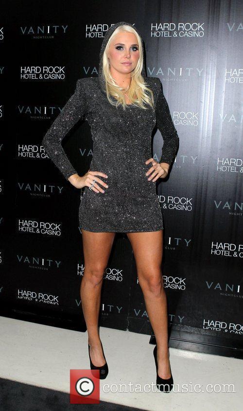 Karissa Shannon and Las Vegas 4
