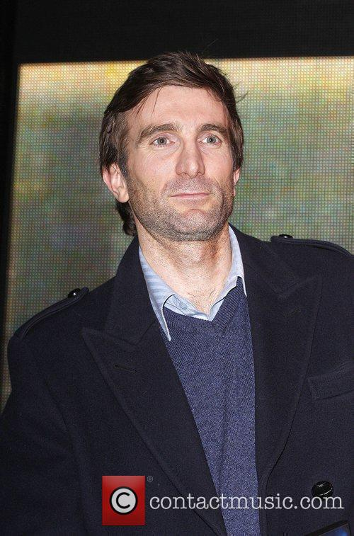 Sharlto Copley and A-team 7