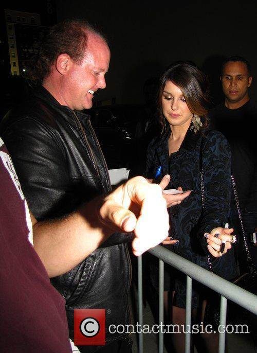 Shenae Grimes and Jimmy Kimmel 6