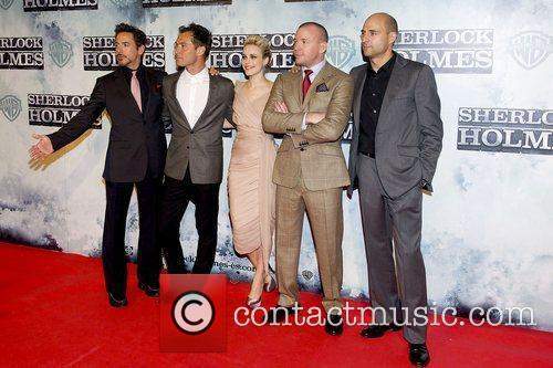 Robert Downey Jr, Guy Ritchie, Jude Law and Rachel Mcadams 11