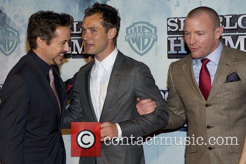 Robert Downey Jr and Jude Law 4
