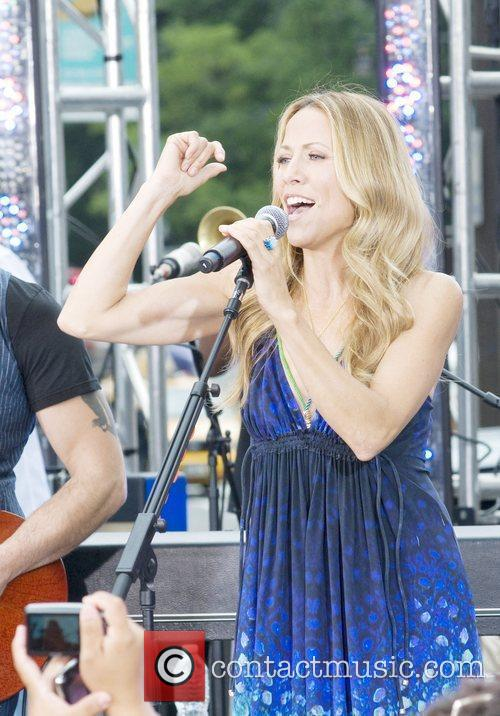 Sheryl Crow and Cbs 10