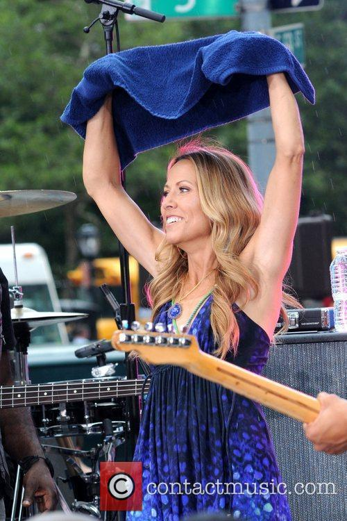Sheryl Crow and CBS 21