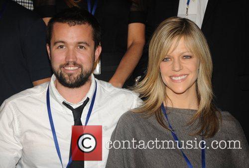 Rob McElhenney and Kaitlin Olson 2010 'Shoot in...