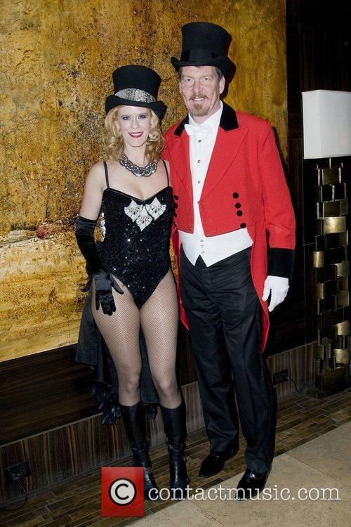Show me your burlesque party at the Empire...