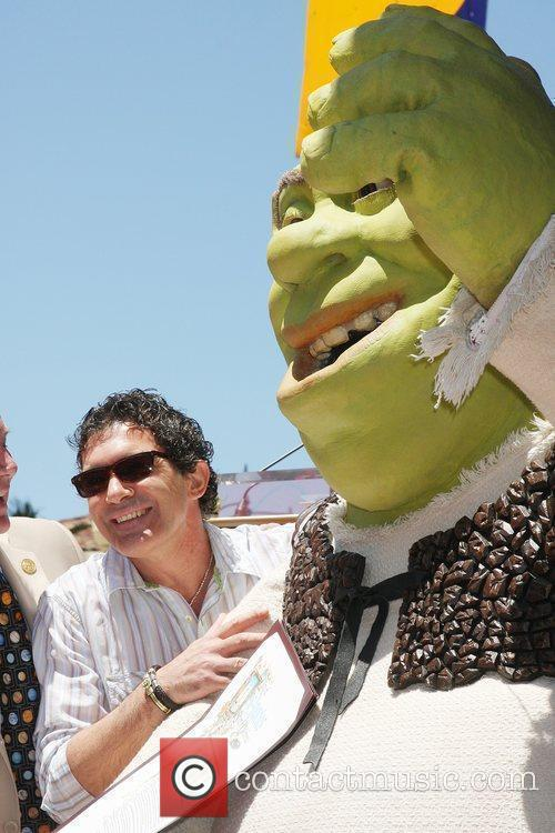 Antonio Banderas, Shrek Shrek honoured with the 2408th...