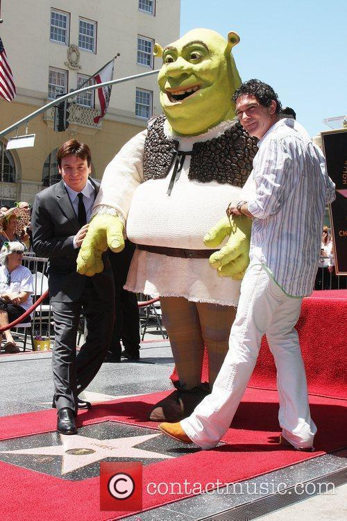 Mike Myers, Shrek and Antonio Banderas 9