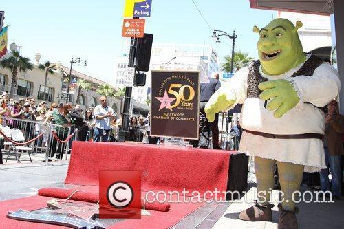 Shrek is honoured with the 2408th star on...