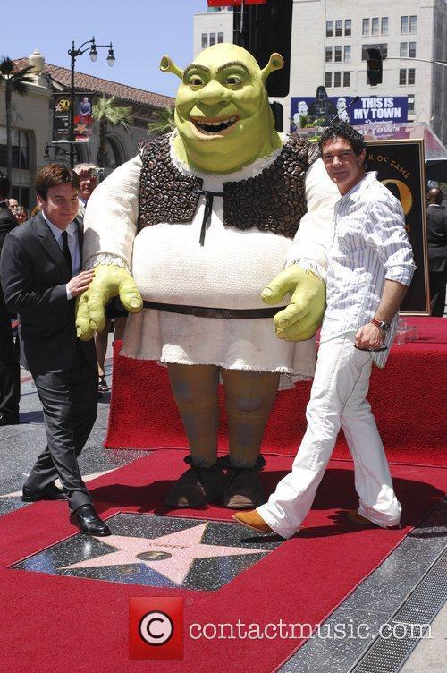 Mike Myers, Shrek and Antonio Banderas 4