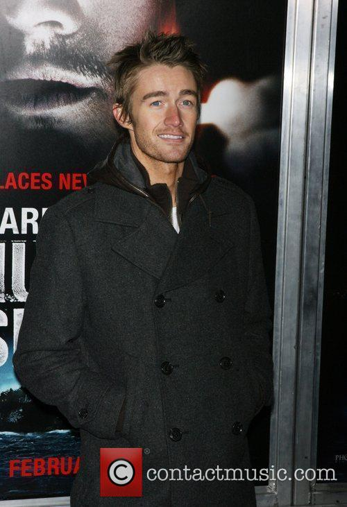Robert Buckley 10