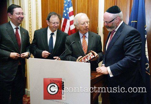 Senator Joe Lieberman and Eli Kleinman The Kleinman...