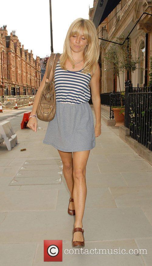 Sienna Miller 7