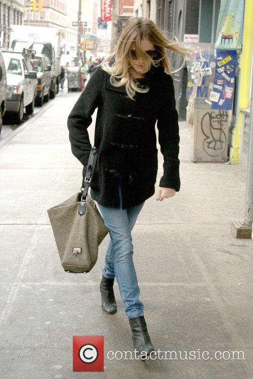 Sienna Miller, Manhattan Hotel