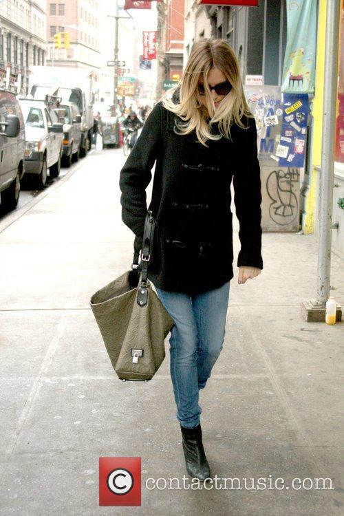 Sienna Miller 11