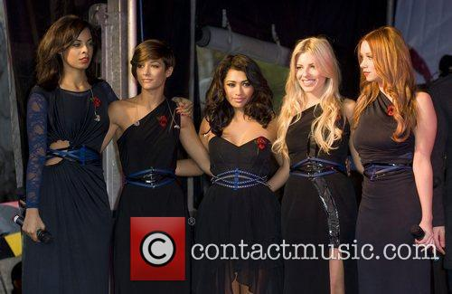 Rochelle Wiseman, Frankie Sandford, Mollie King, The Saturdays, Una Healy and Vanessa White 3