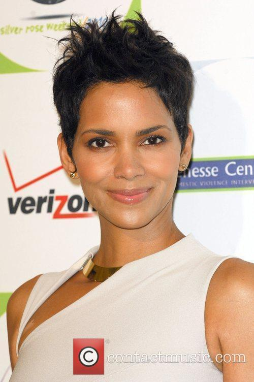 Actress Halle Berry and Halle Berry 6