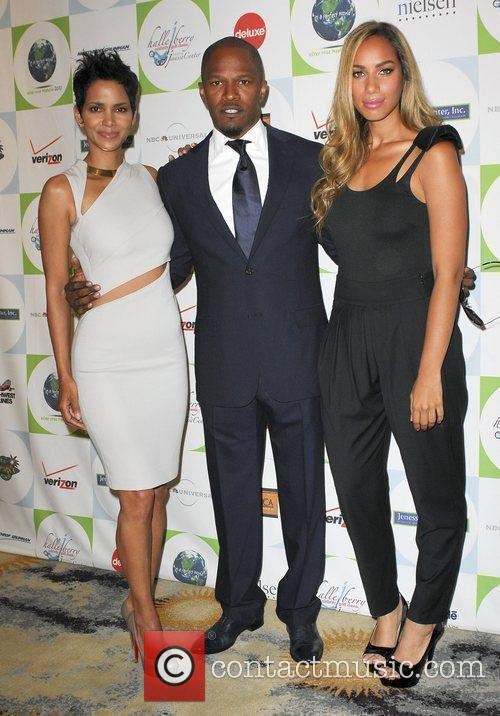 Leona Lewis, Halle Berry and Jamie Foxx 1