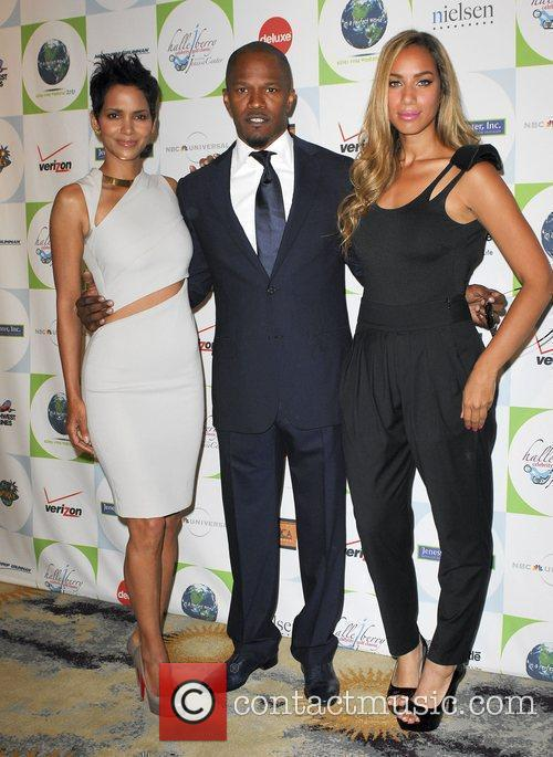 Leona Lewis, Halle Berry and Jamie Foxx 2