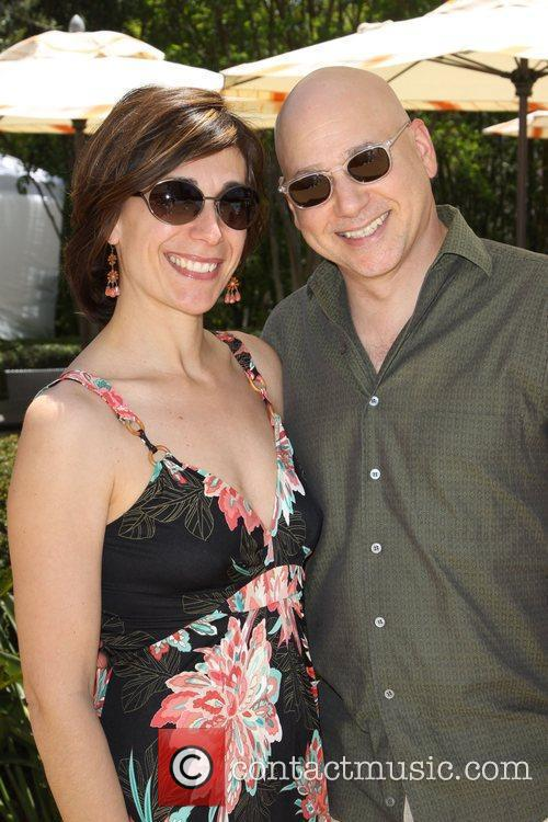 Evan Handler and His Wife Elisa Atti