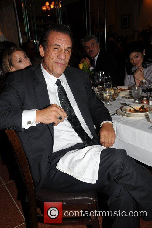 Robert Davi 'Come fly with us' - a...