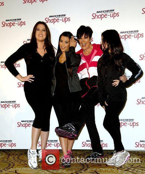 Kourtney Kardashian, Khloe Kardashian and Kim Kardashian 1