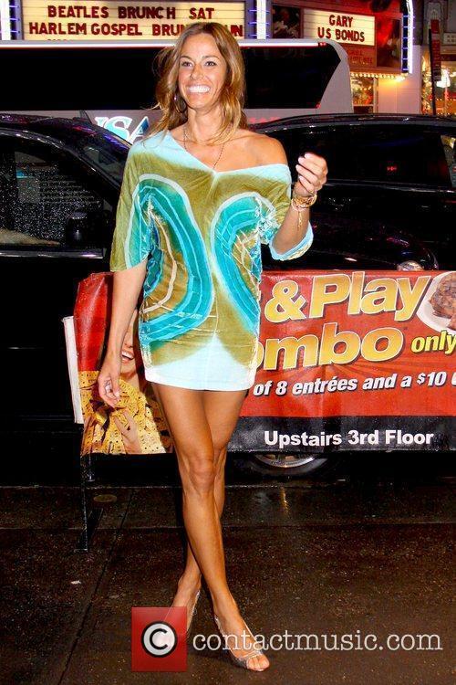 Kelly Bensimon 2010 Celebrity Skee Ball Tournament to...