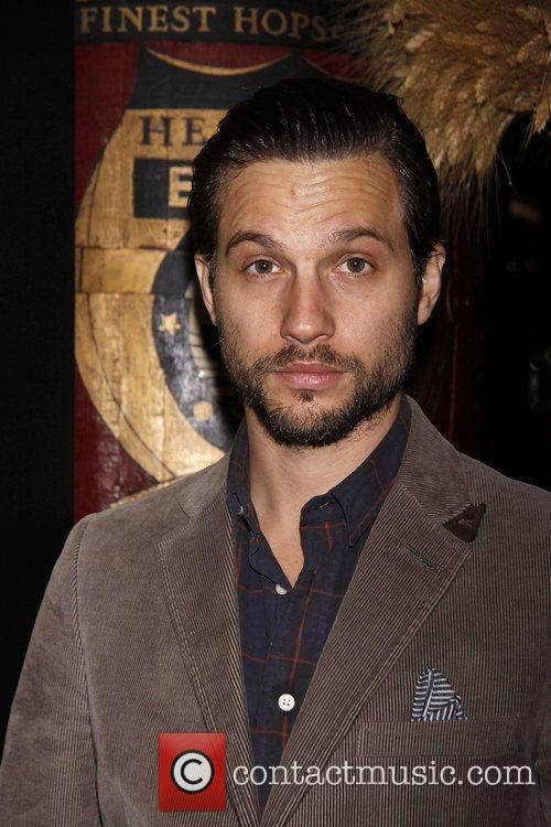 Logan Marshall-green 4