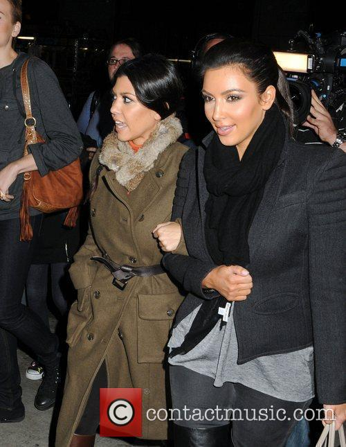 Kim Kardashian and Kourtney Kardashian 3